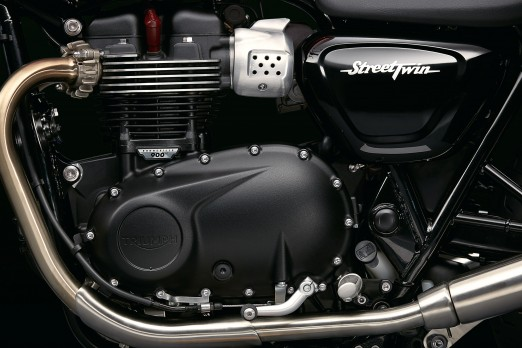 StreetTwin_Detail_11_0037_LOW